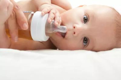 الإمساك عن الرضع في الشهر الثالث